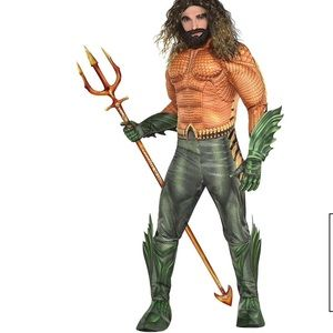 Aquaman Costume and Wig